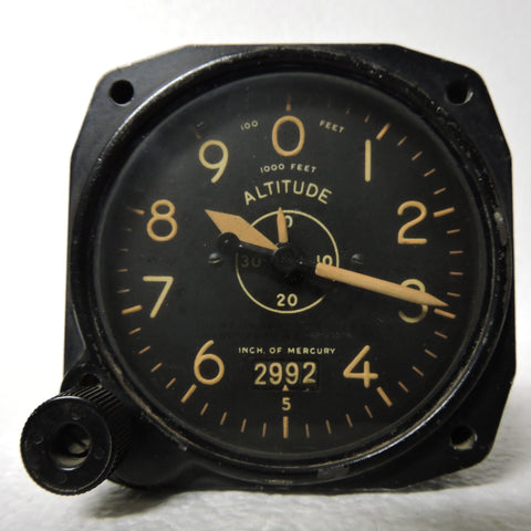 Altimeter, Sensitive, Type C-14A, 35,000 ft, Air Force US Army WWII 1555-2P-B