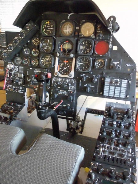 AH-1 F Cobra Cockpit Simulator Bell 209 Attack Helicopter