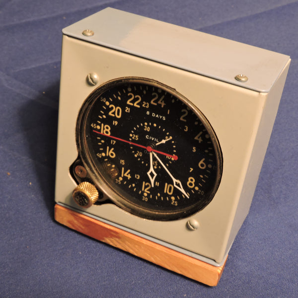 Aircraft Clock, 8-day Civil Date Indicator Aeronaval (CDIA) WWII
