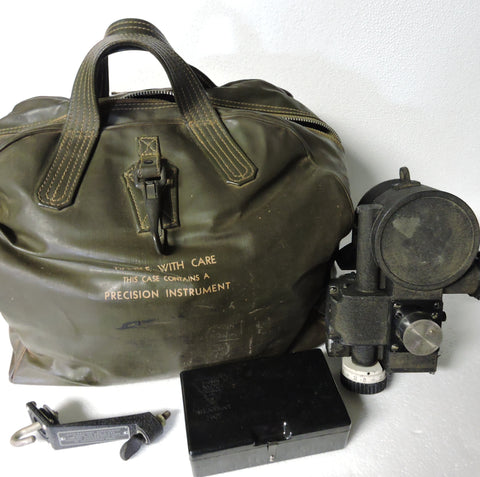 Aircraft Sextant AN5854-1 and Carrying Case