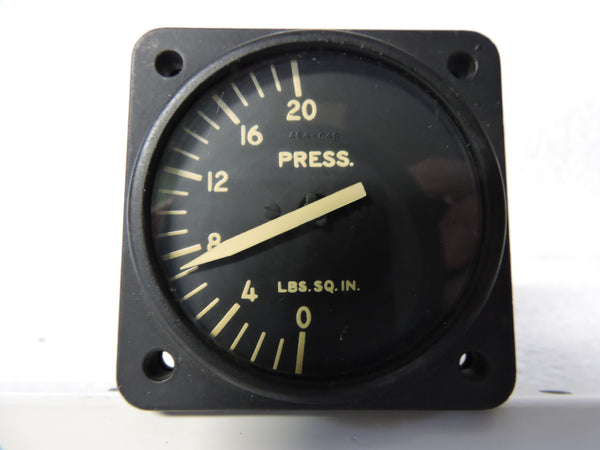 Pressure Gauge, 20PSI, PN 6400-C4B1-A5, Bureau of Aeronautics, US Navy
