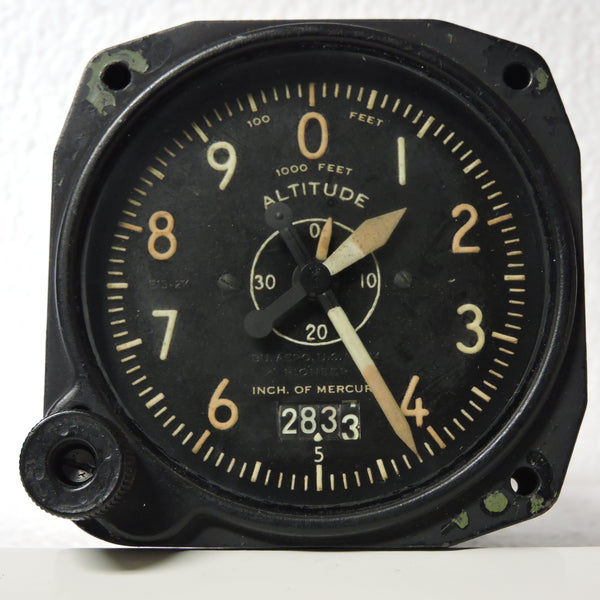 Altimeter, Sensitive, AN-5761-1, 35,000 ft, US Navy WWII TBM Avenger