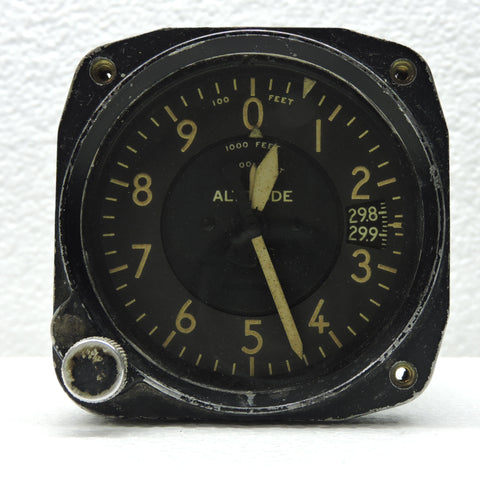 Altimeter, Sensitive, Type C-13, 35,000 ft, Air Corps US Army WWII B-17, B-24, P-38, P-51