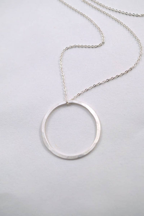 Hannah Naomi - Small Sterling Silver Circle Necklace