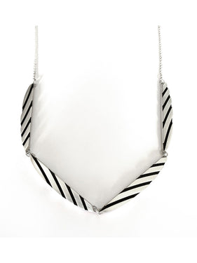 ES26 - Striped Half Circle Necklace