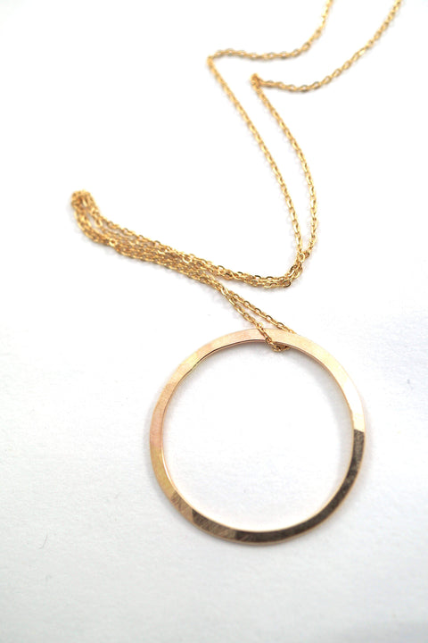 Hannah Naomi - Large 14k Gold Fill Circle Necklace - 16""