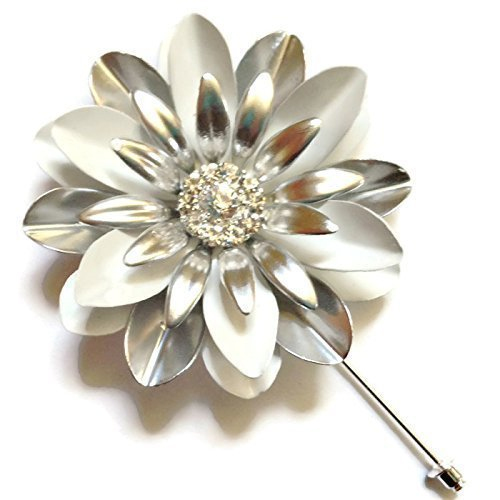 Large White and Silvertone Daisy Pin