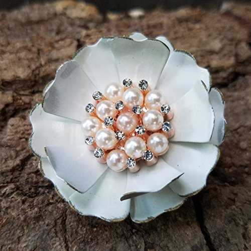 Distressed Off White Brooch with Simulated Pearls