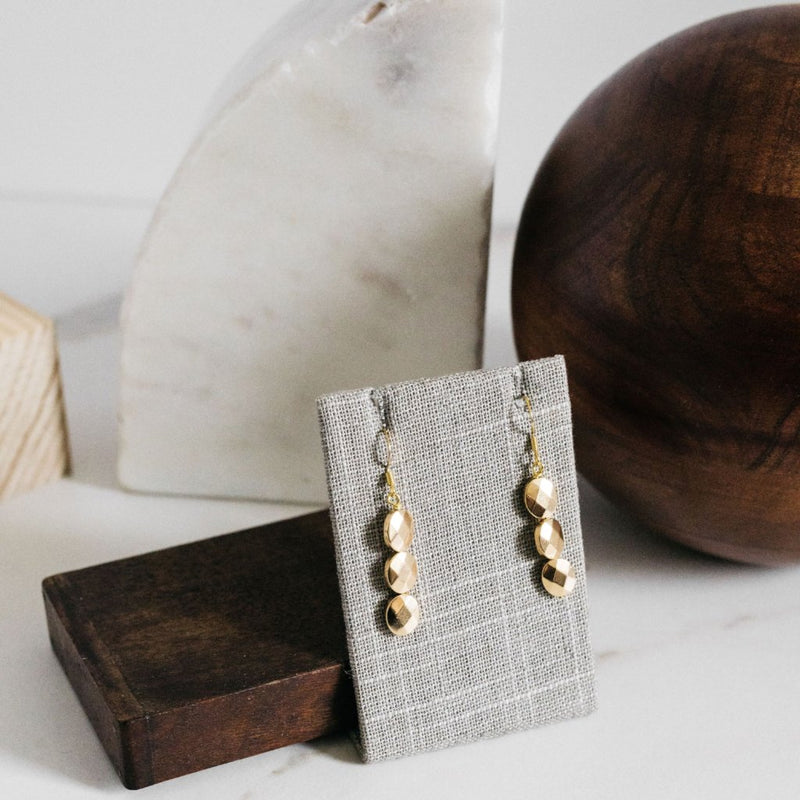 Oval gold drop earrings