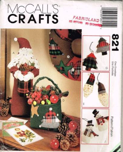 *821 / 8328 Sewing Pattern McCall's Christmas Decorations Stocking Wreath Santa