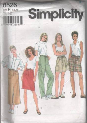 8526 Sewing Pattern Ladies Cargo Pants Shorts and Skirt 6 8 10