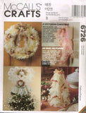 6726 Sewing Pattern McCall's Christmas Decorations Stocking Wreath Angel