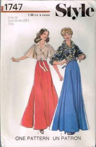 *1747 Sewing Pattern Vintage Style Ladies Skirt & Blouse 14