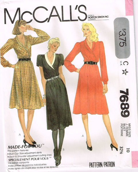 7689 Sewing Pattern Vintage McCall's Ladies Double Breasted Dress 10 or 12