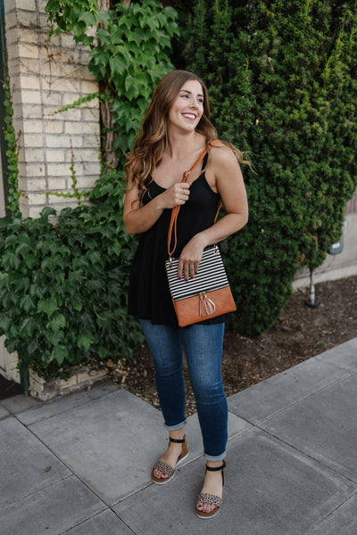 Picnic Days Crossbody Bag In Black - Thongin' It Boutique