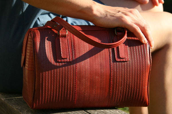 Elvis & Kresse Post bag
