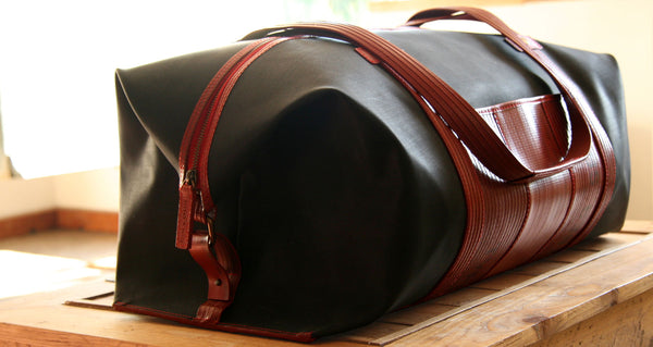 Elvis & Kresse Black Weekend bag