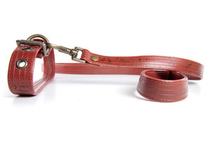 Elvis & Kresse Fire-hose Dog Lead