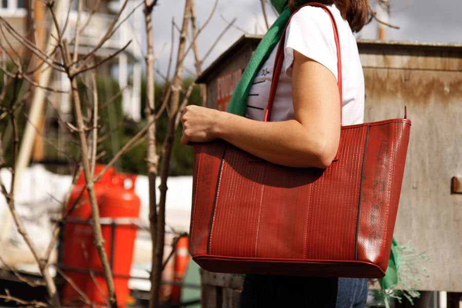 Elvis & Kresse Tote bag, made from decommissioned fire-hose