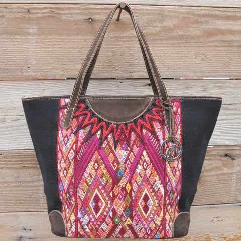 Olivia Carryall Tote