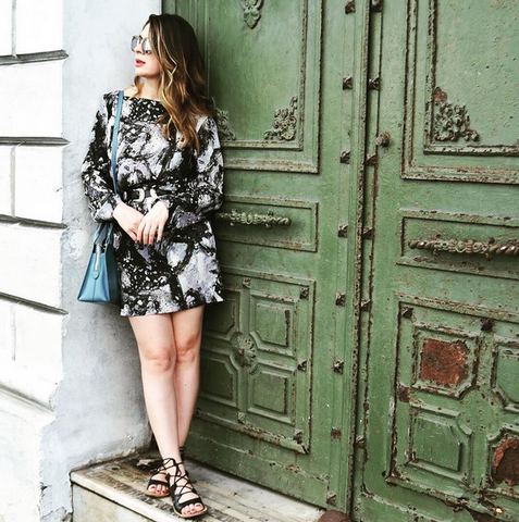 Fashionlingual styleblogger wearing Suki and Solaine Shara Mini Dress in exclusive Galatea print, made in the USA women's fashion clothing