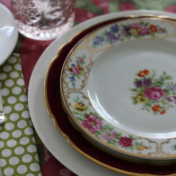 tablesetting with vintage French and English china