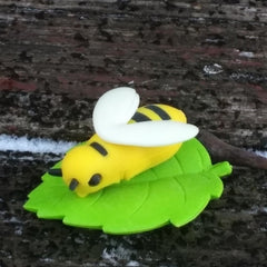 ER-BUMBLEBEE-Iwako Insect Japanese Puzzle Eraser Black & Yellow Bee on a Leaf