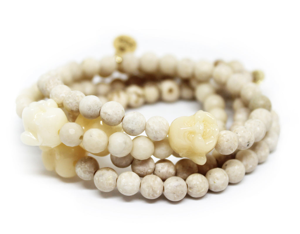 White Agate stretch bracelet