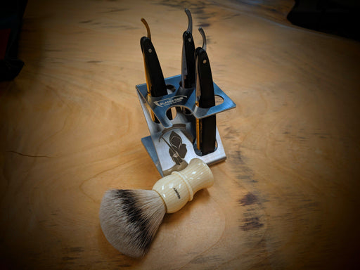 The Blades Grim - 3 Razor And a Brush - Z Stand