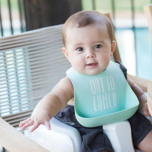 Bella Tunno Out to Lunch Wonder Bib | The Gifted Type