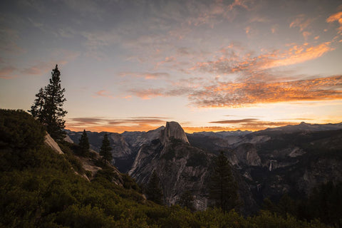 GLACIER POINT AT SUNRISE