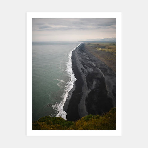 REYNISDRANGAR BLACK BEACH