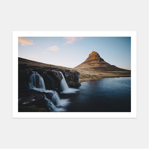 KIRKJUFELLSFOSS AT SUNSET