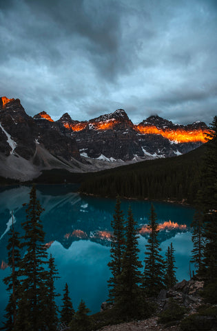 MORAINE LAKE AT SUNRISE IV