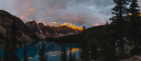 MORAINE LAKE AND RAINBOW AT SUNRISE