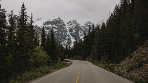 ROAD TO THE VALLEY OF THE TEN PEAKS