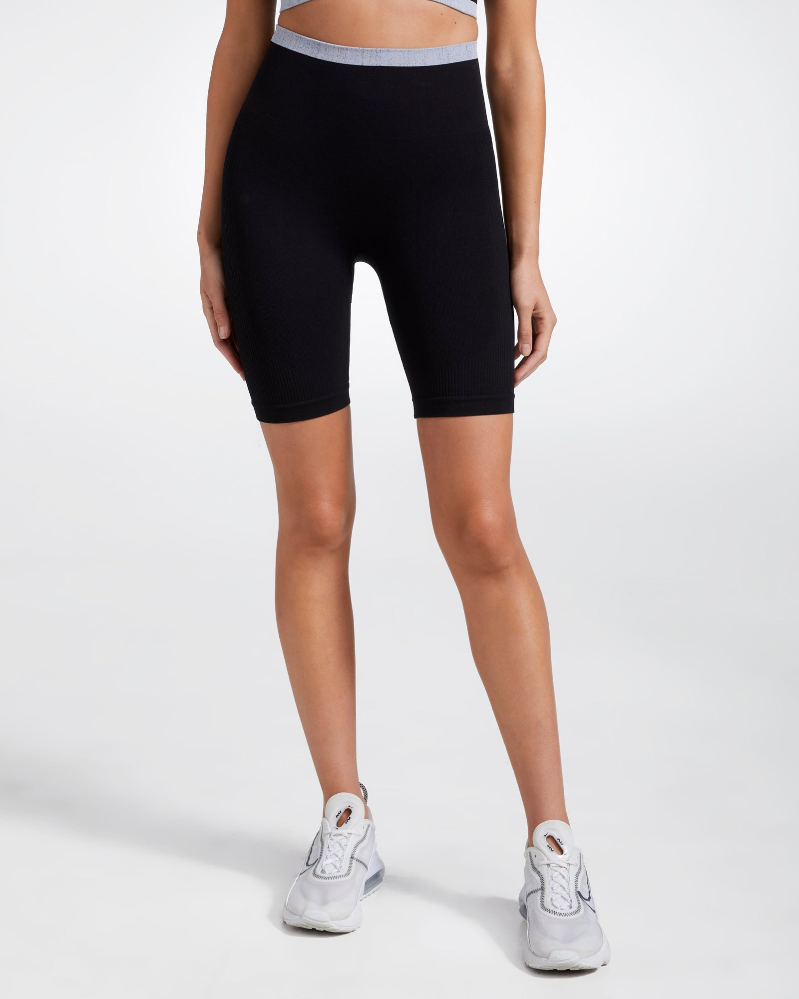 PORTLAND SPIN SEAMLESS SHORTS BLACK