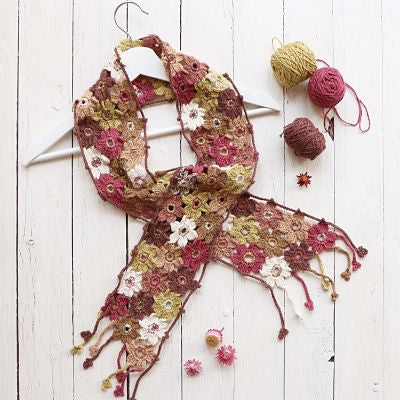 PDF PATTERN - Six Petal Flower Crochet Scarf (UK Terminology)