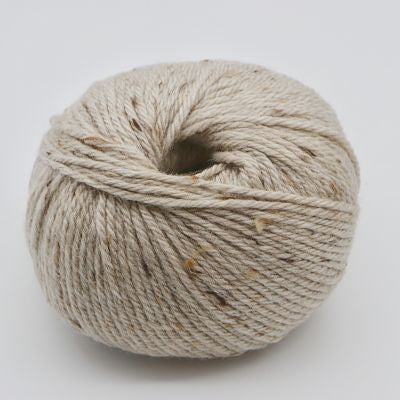 Heirloom Merino Fleck 8ply - Bone 562