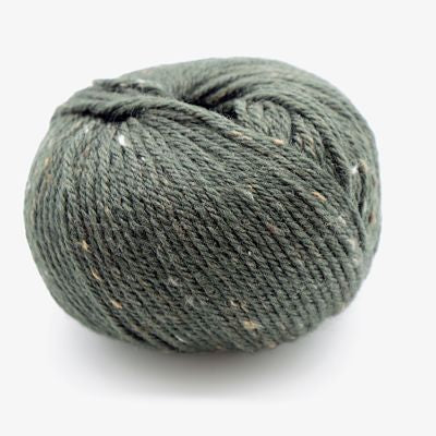 Heirloom Merino Fleck 8ply - Silver 547