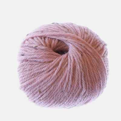 Heirloom Merino Fleck 8ply - Pink Tint 245