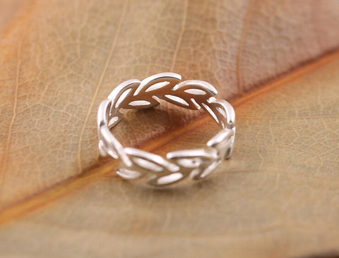 Elegant 925 Sterling Silver Hollow Leaves Ring