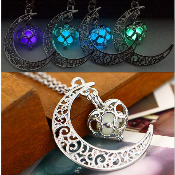 Fluorescence Glow in the Dark Crescent Moon Heart Necklace