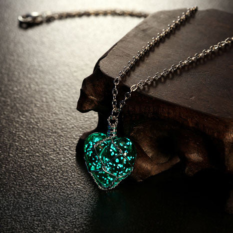 Glow In The Dark Crystal Heart Charm Pendant Necklace