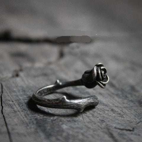 Vintage Style Thorn Rose Rings