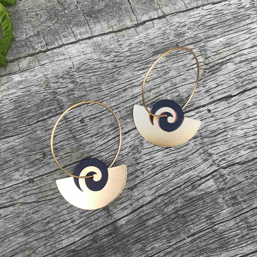 Fan hoop and chain drop earring set. Black and Gold colour. Designed in New Zealand.