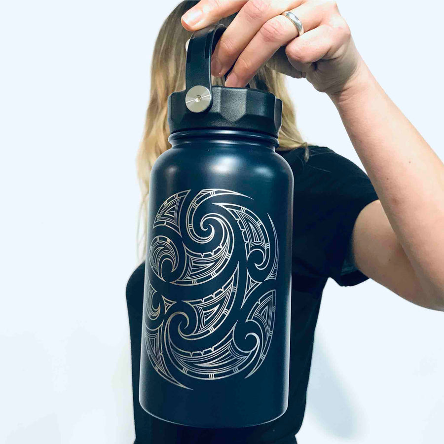 black-reusable-drink-bottle-wildkiwi-417B