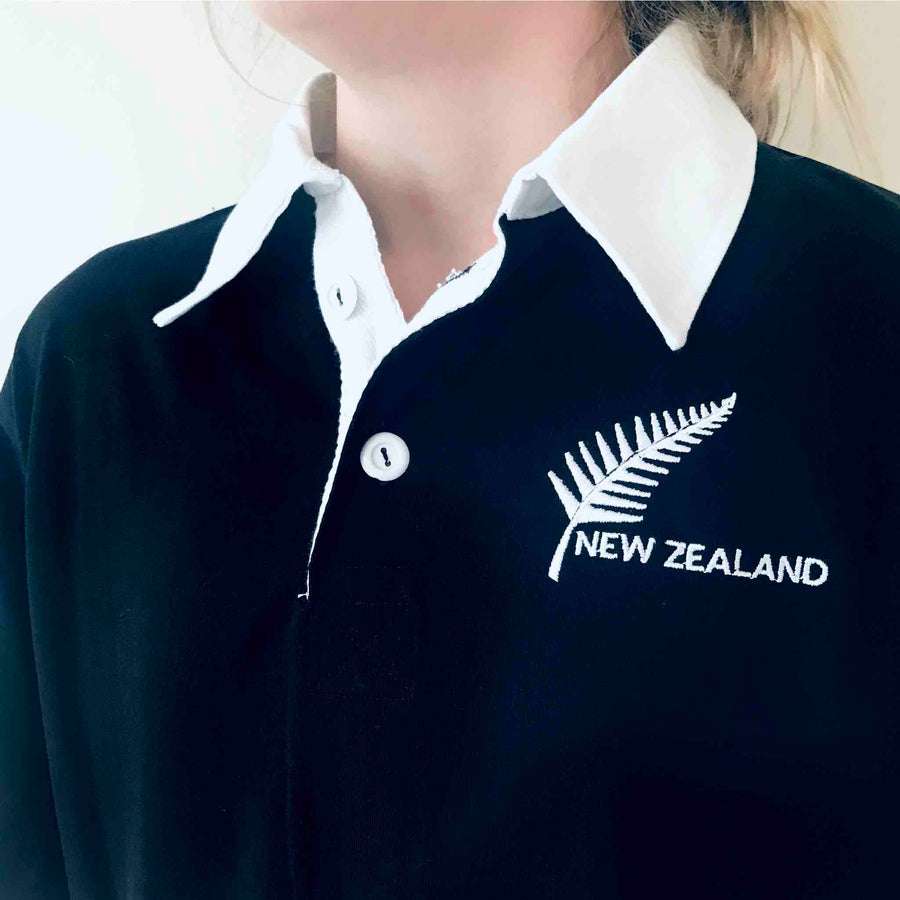 Children's short sleeve New Zealand rugby shirt with embroidered Silver Fern. Wild Kiwi New Zealand. www.wild-kiwi.co.nz