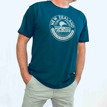 New Zealand T-Shirt Men's dark green T-shirt Kiwi Crest. Kiwi Planet