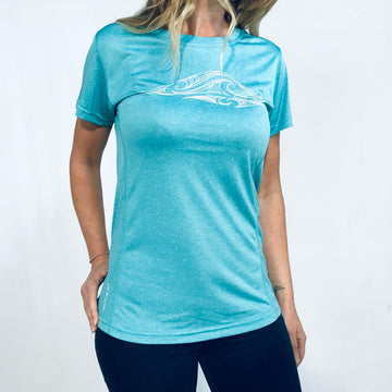 Women's aqua blue active fit t-shirt. Wild Kiwi Clothing, New Zealand. www.wild-kiwi.co.nz